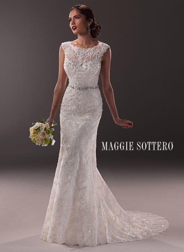 cassidy vestuvine suknele