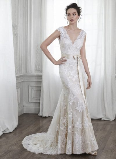 Shayla wedding dress