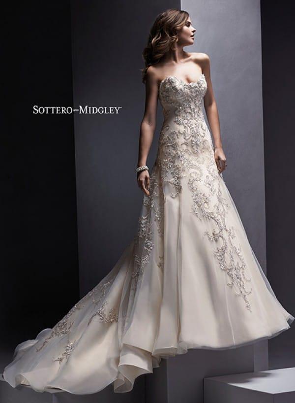 Zariah vestuvinė suknelė