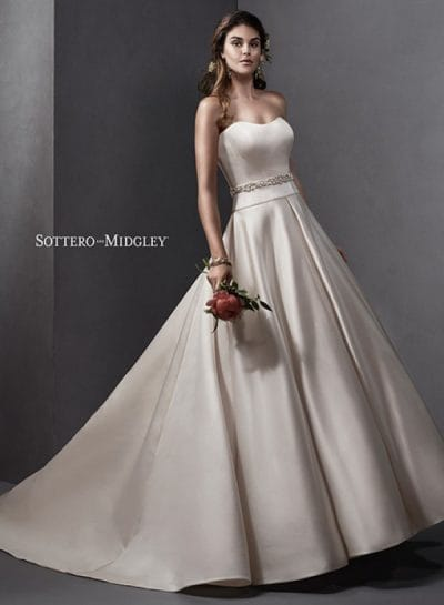 Taiya wedding dress