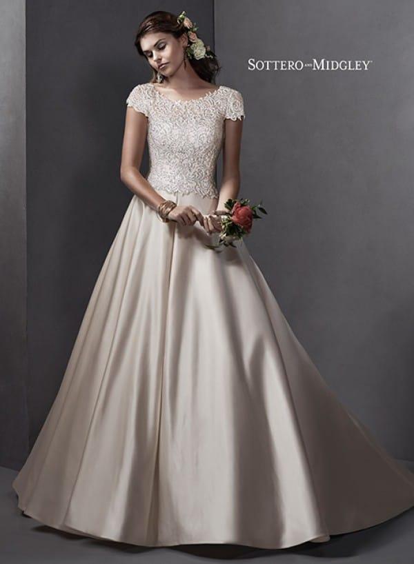 taiya vestuvine suknele2
