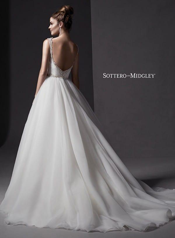 mariam vestuvine suknele3