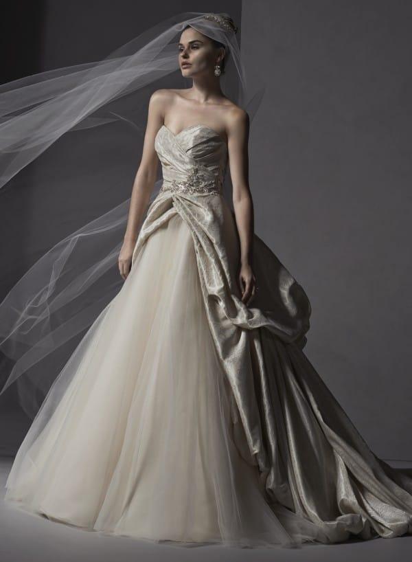 ivana vestuvine suknele3