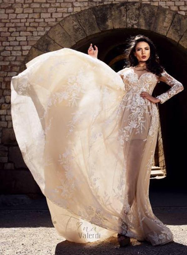 Tina Valerdi vestuvinės suknelės