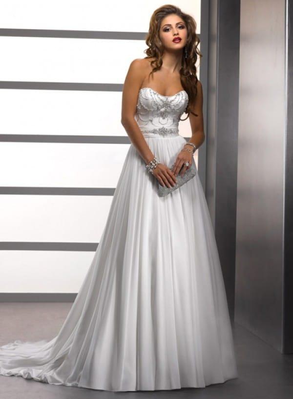 adele vestuvine suknele 2