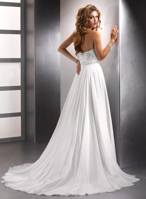 adele vestuvine suknele 3