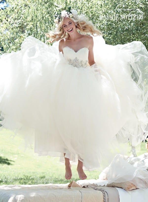 aracella vestuvine suknele 4