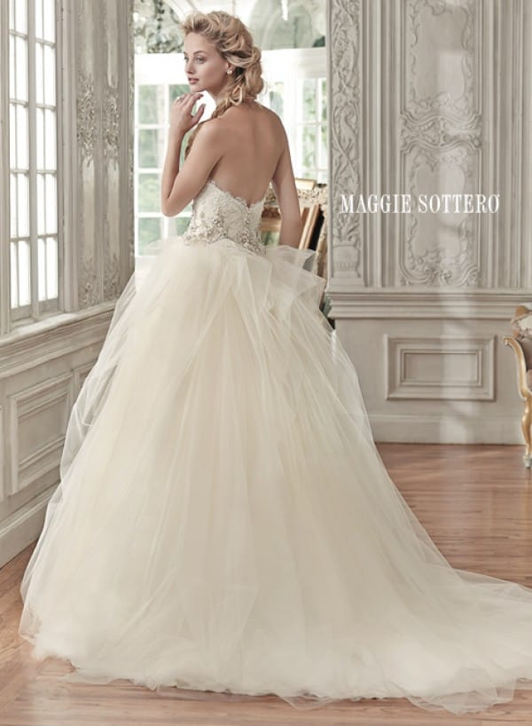aracella vestuvine suknele 2
