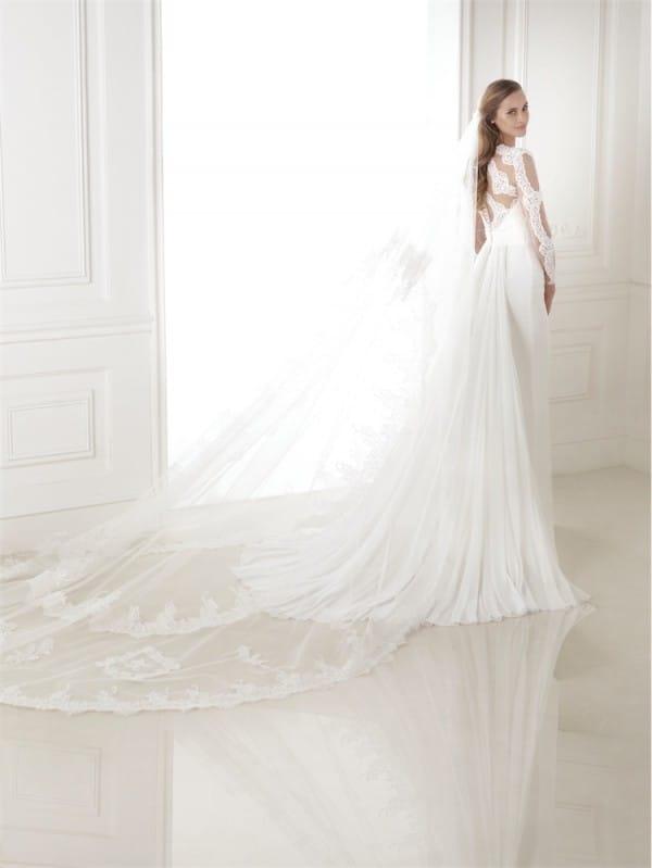 biombo vestuvine suknele 2