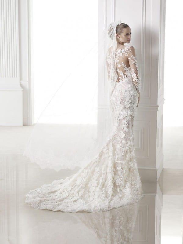 capricornio-vestuvine-suknele-2