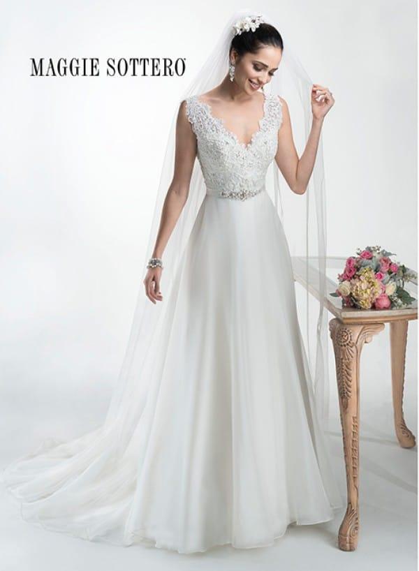 debra vestuvine suknele