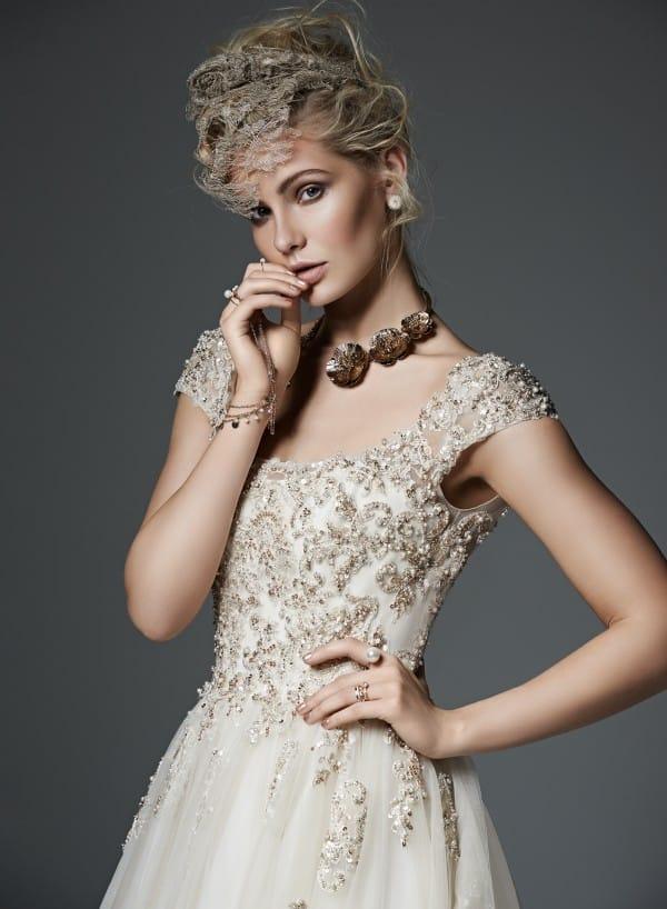 evelyn vestuvine suknele3