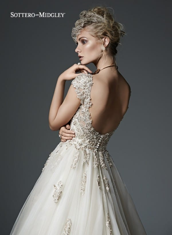 evelyn vestuvine suknele2