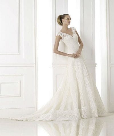 Kande wedding dress