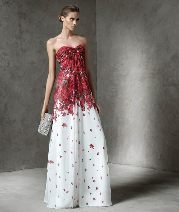 Latay платья
