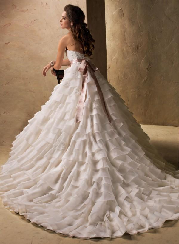 millicent vestuvine suknele 2