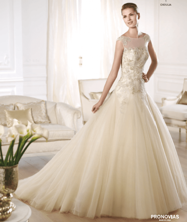 Obdulia wedding dress