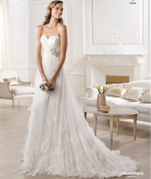 Orera wedding dress