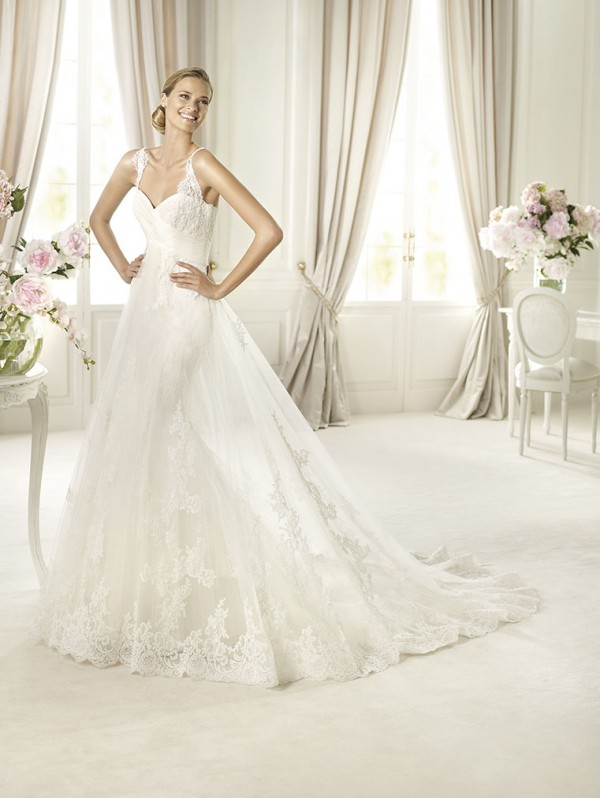 petunia vestuvine suknele