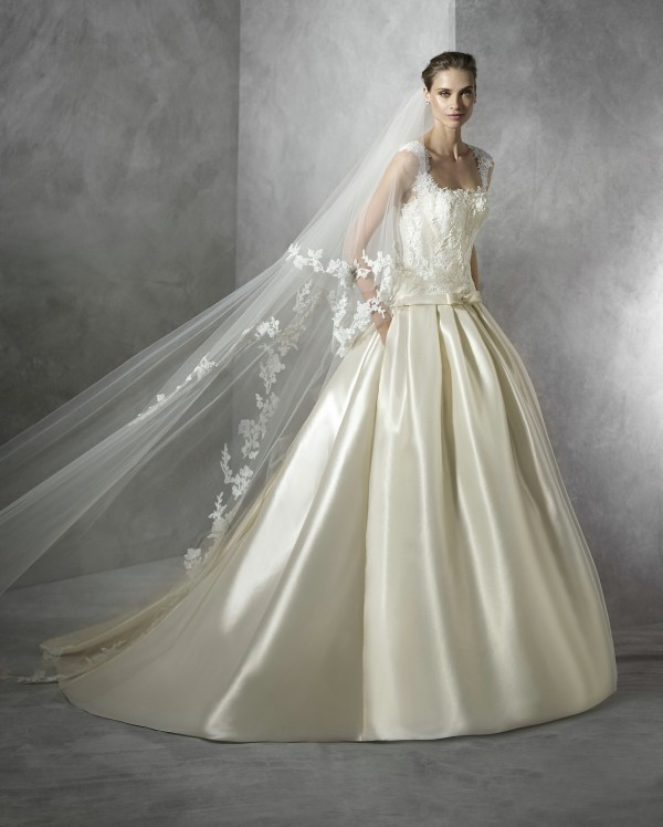 Terentia wedding dress