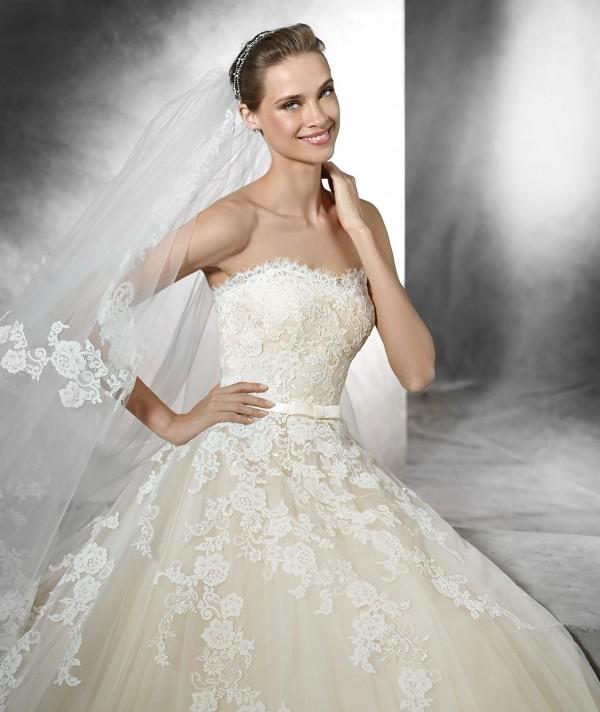 trey vestuvine suknele 3