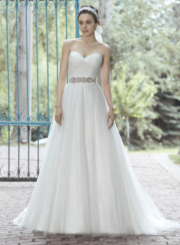 vestuvines-sukneles-florence