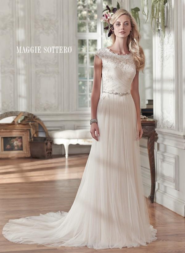 vestuvines-sukneles-patience-marie