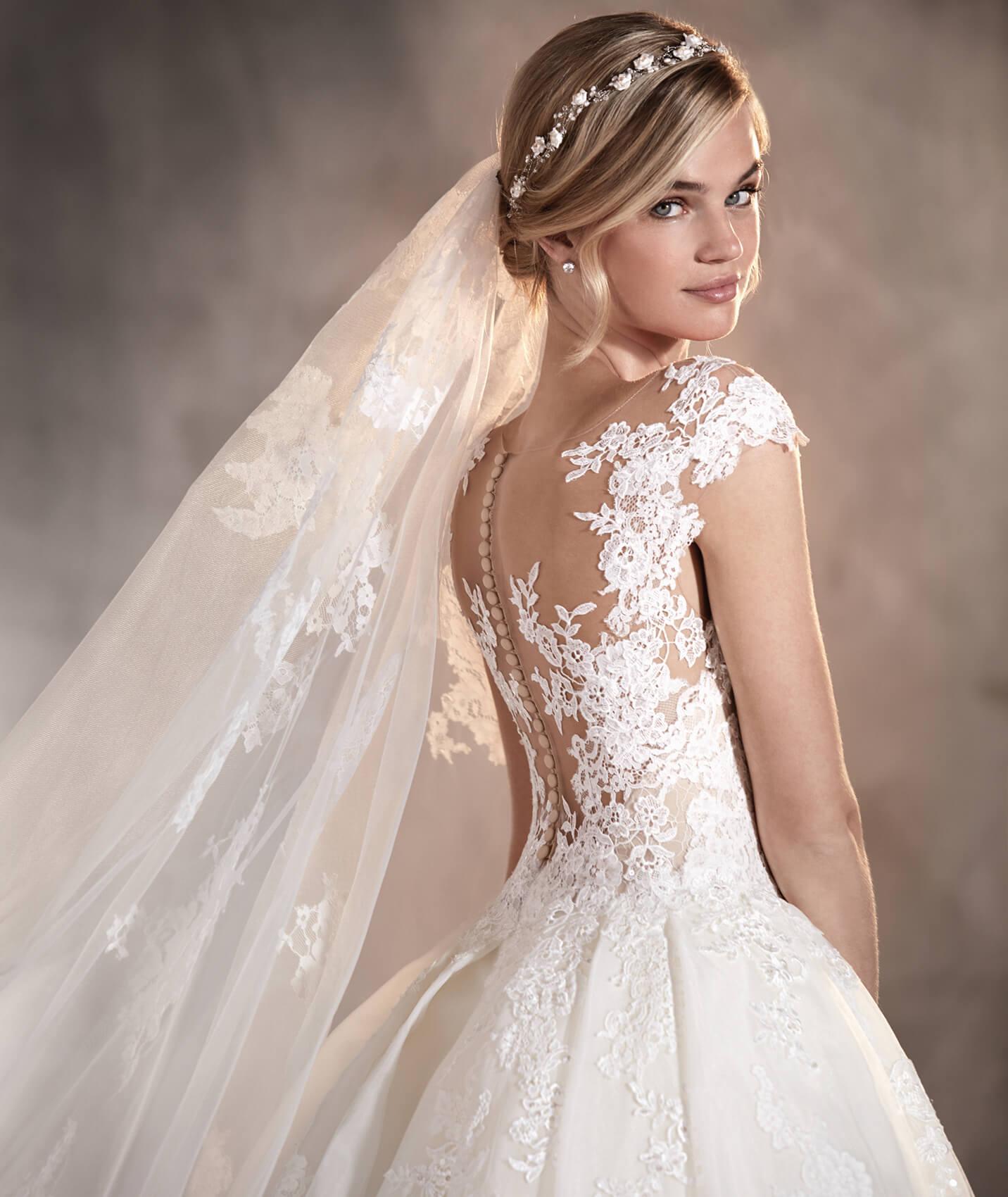 vestuvines sukneles pronovias adela 2