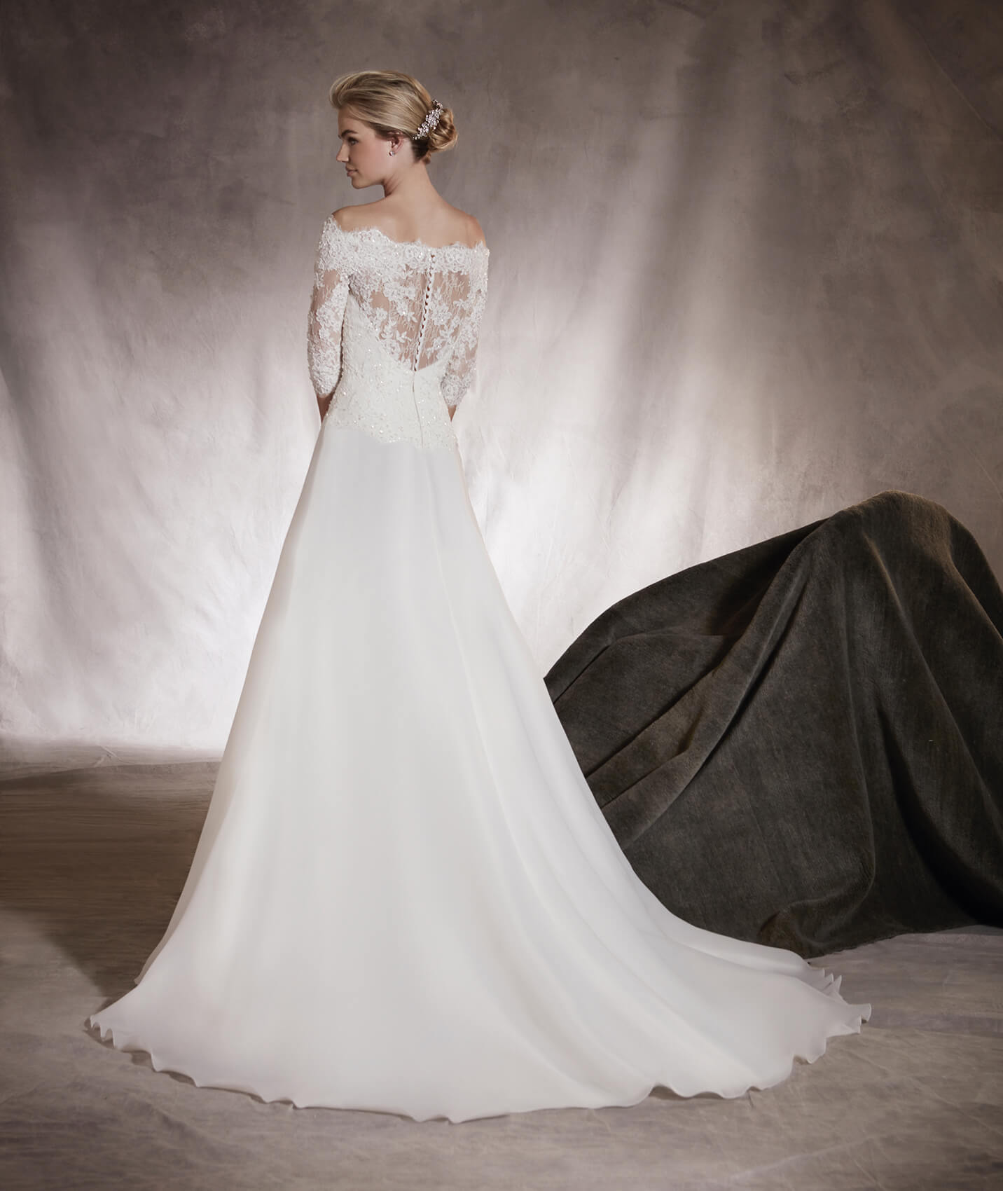vestuvines-sukneles-pronovias-algeciras-3