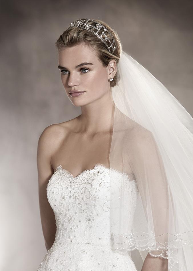 vestuvines-sukneles-pronovias-altamira-3