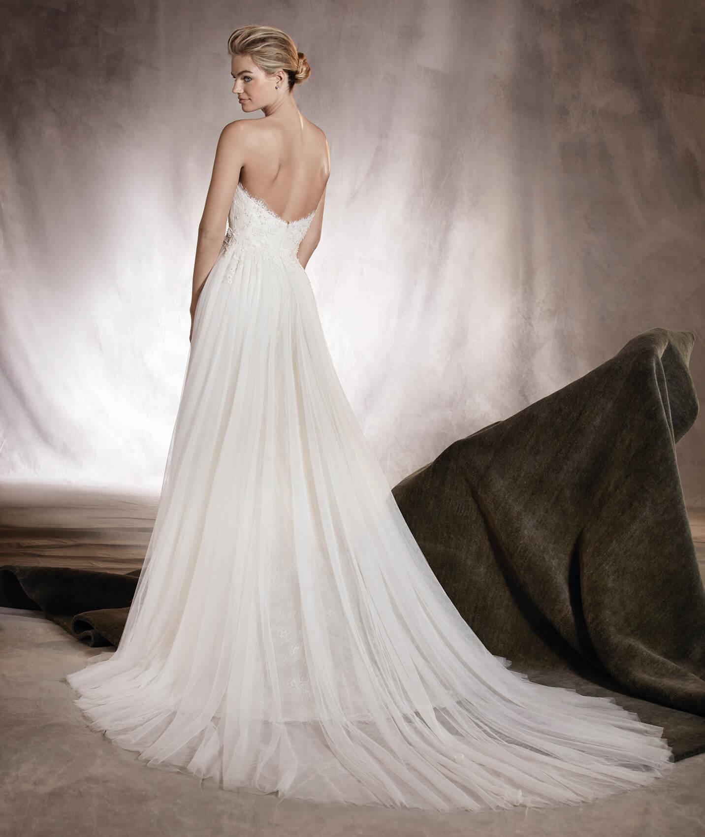 vestuvines-sukneles-pronovias-arizona-3