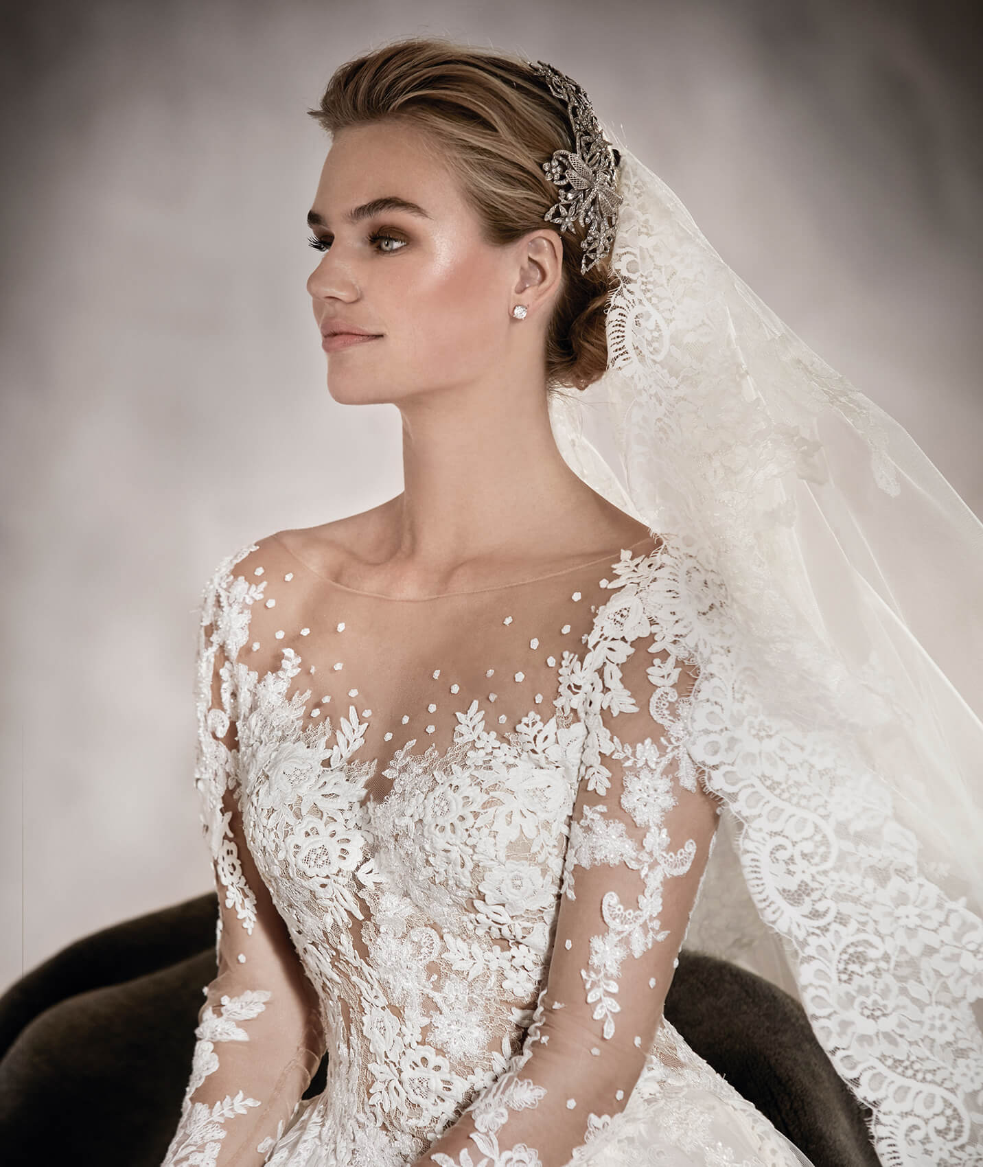 vestuvines-sukneles-pronovias-arlene-2