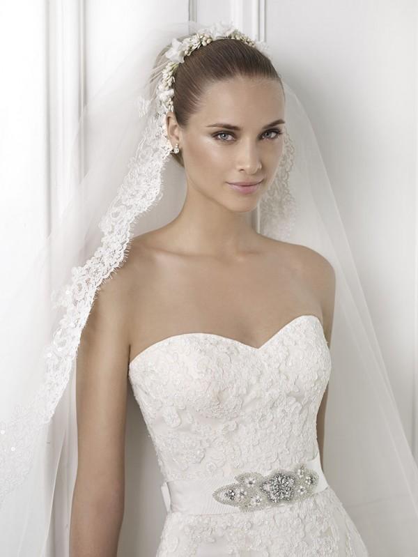 vestuvines-sukneles-pronovias-basma-3