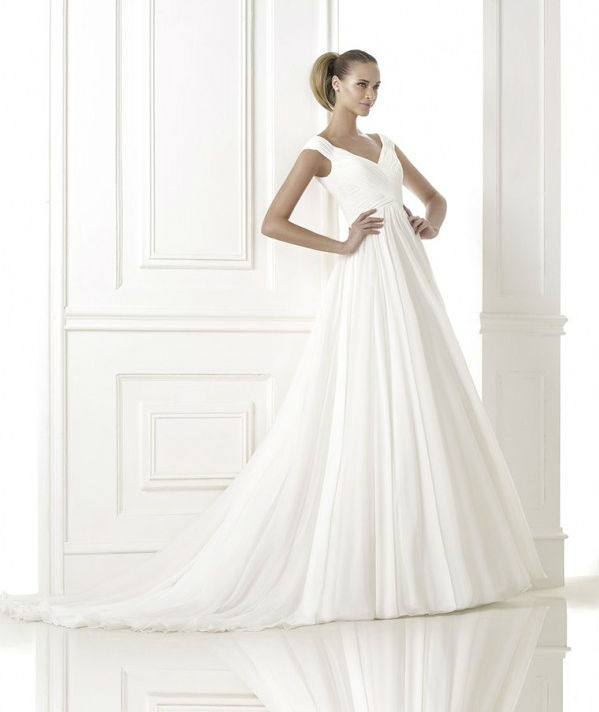 vestuvines-sukneles-pronovias-beluga