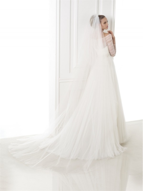 vestuvines-sukneles-pronovias-berila-2