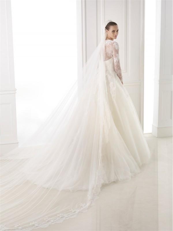 vestuvines-sukneles-pronovias-bestine-2
