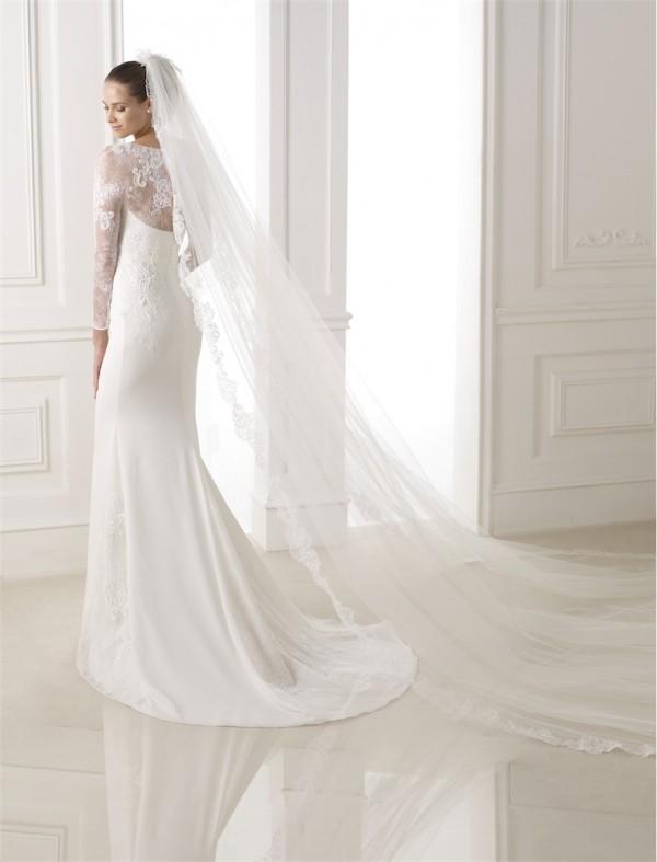 vestuvines-sukneles-pronovias-bitan-3