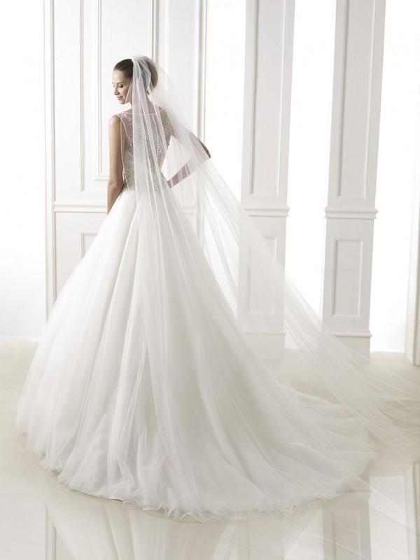 vestuvines-sukneles-pronovias-bohemio-3