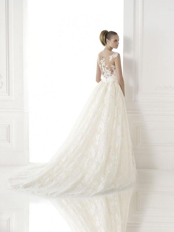 vestuvines-sukneles-pronovias-constance-2