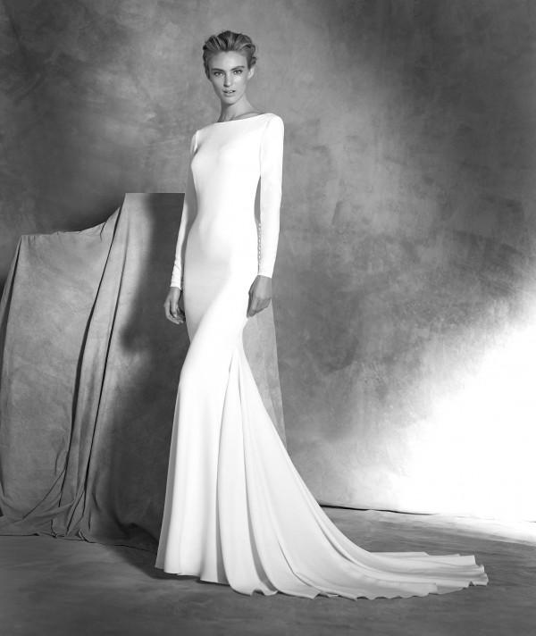vestuvines sukneles pronovias ivania