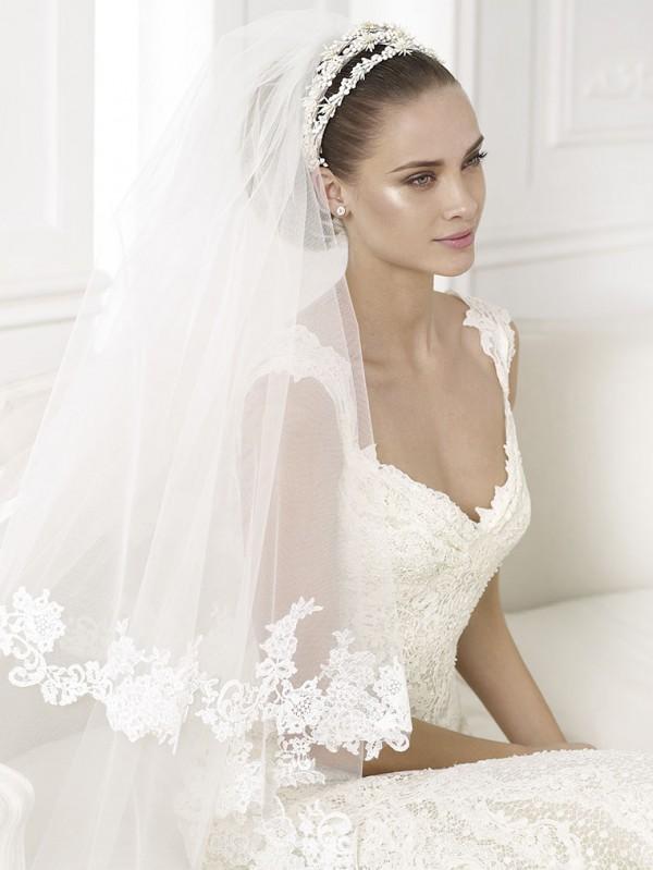 vestuvines-sukneles-pronovias-kala-2