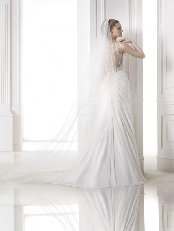 vestuvines-sukneles-pronovias-maranta-3