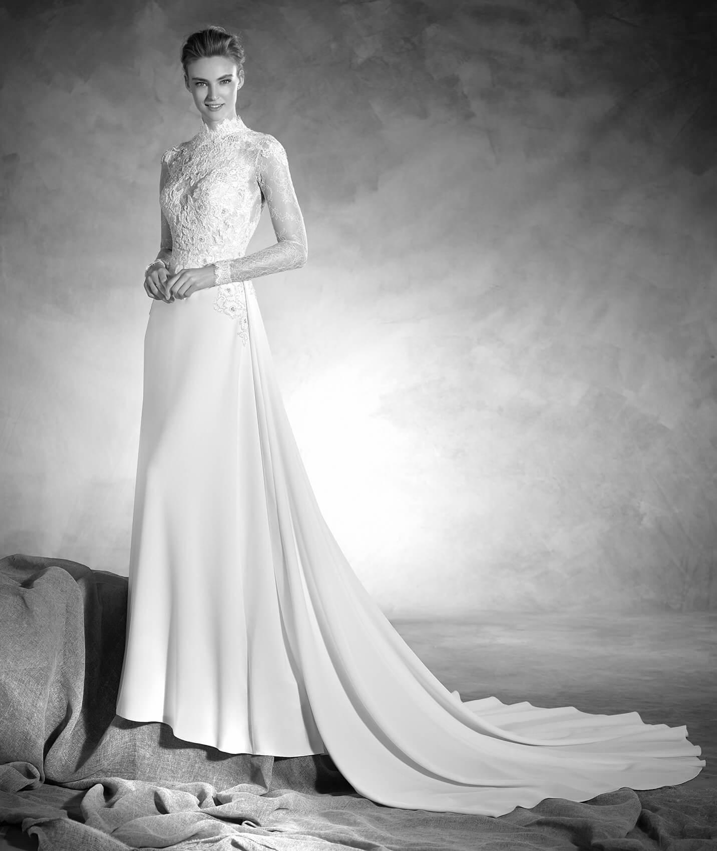 vestuvines-sukneles-pronovias-nacar