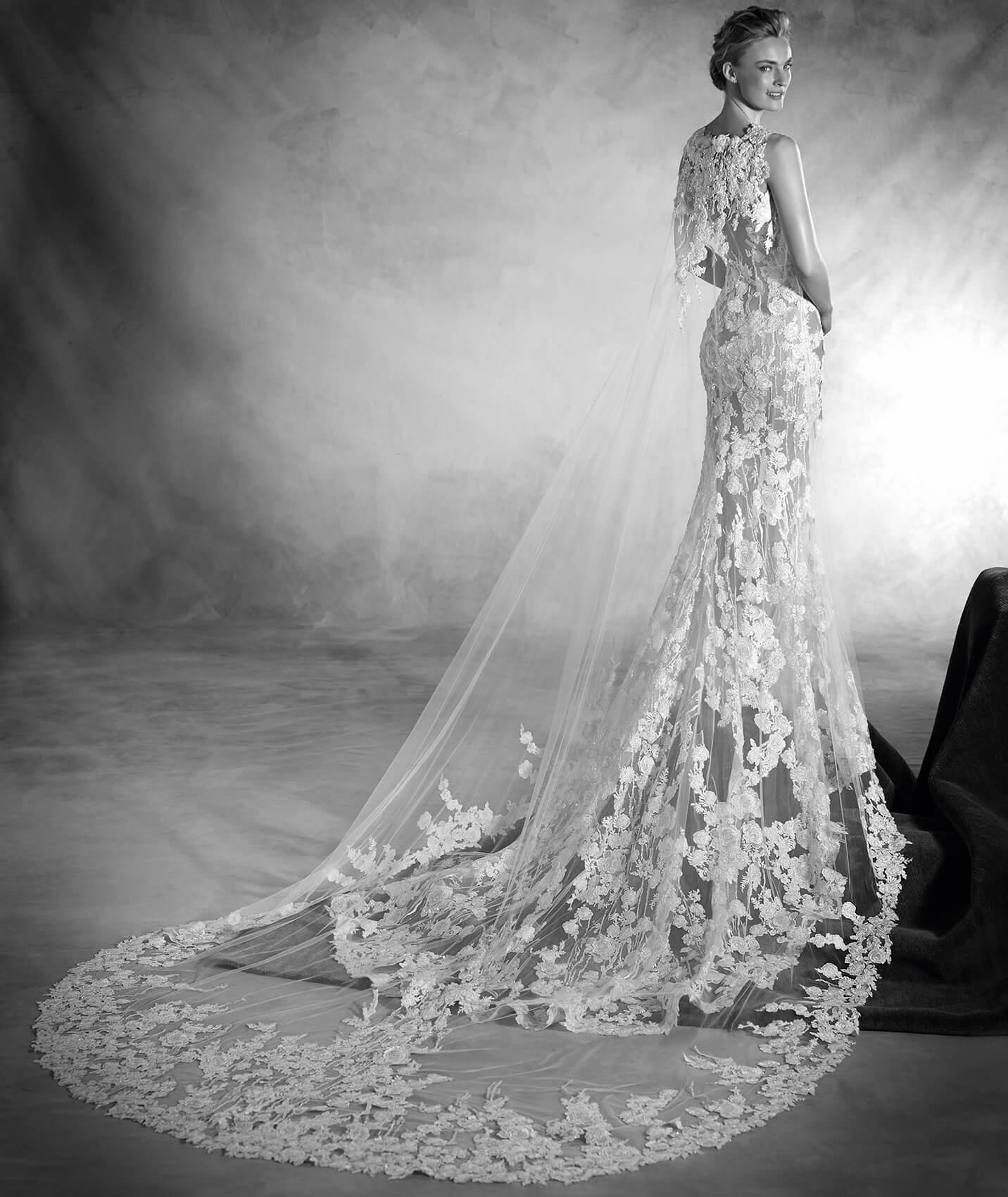 vestuvines sukneles pronovias natura 3