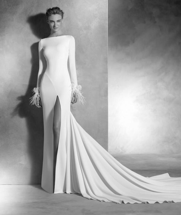 vestuvines sukneles pronovias nuria