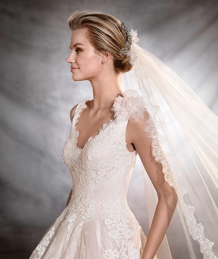 vestuvines-sukneles-pronovias-oana-2
