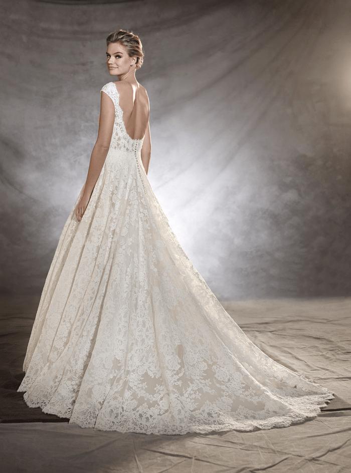vestuvines-sukneles-pronovias-olivana-2