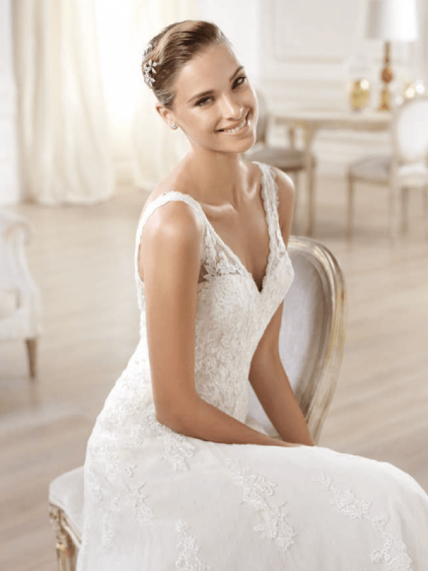 vestuvines-sukneles-pronovias-onija-2