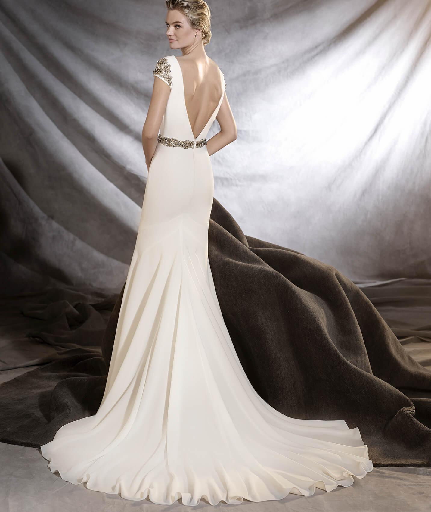 vestuvines-sukneles-pronovias-orville-3