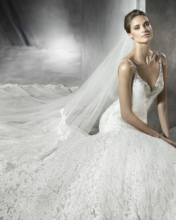 vestuvines-sukneles-pronovias-prama-2